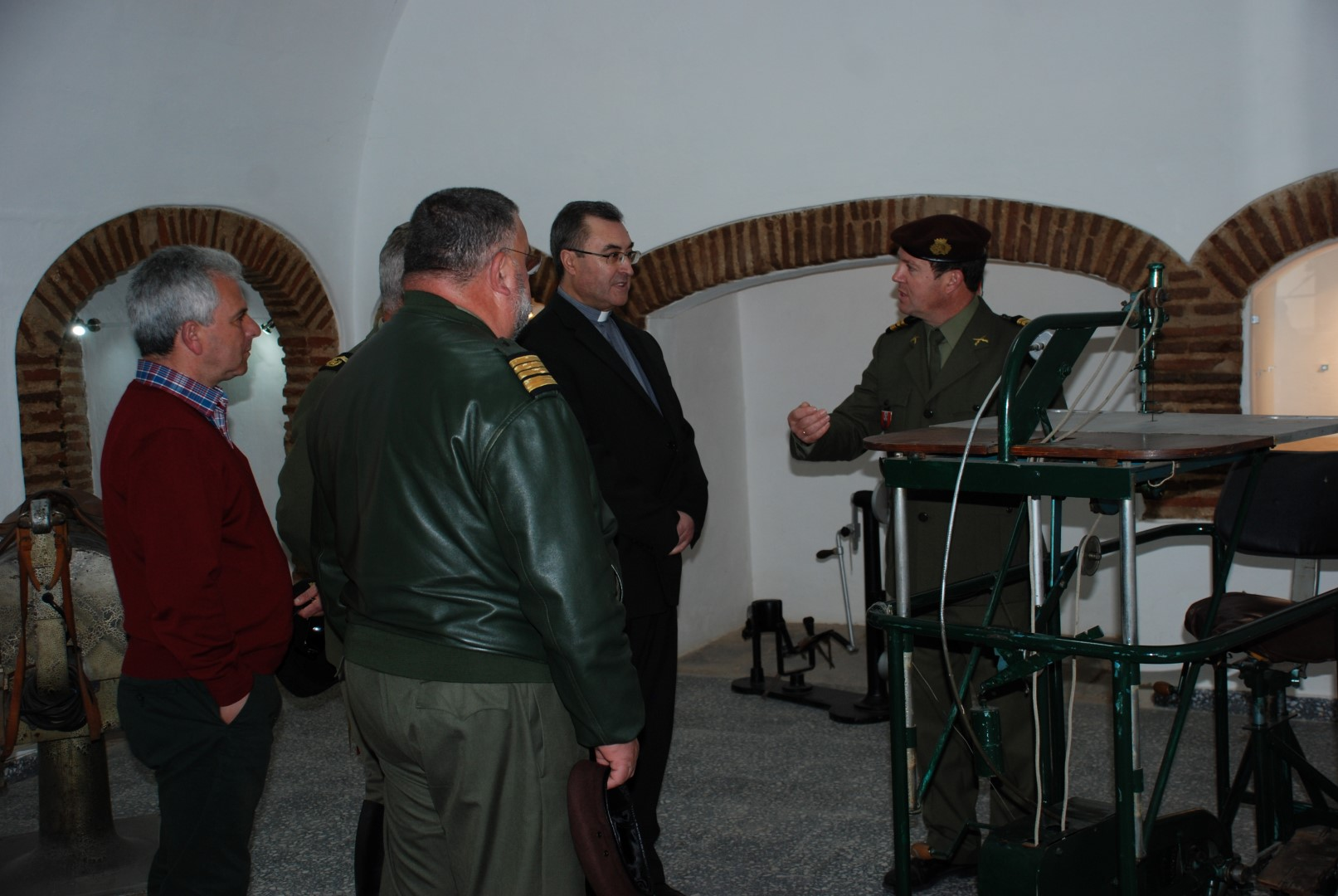 Em Estremoz_Visita de Dom Manuel Linda ao Museu Militar