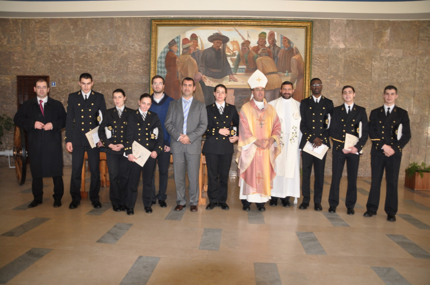 Sacramentos da Iniciacao Crista na Escola Naval