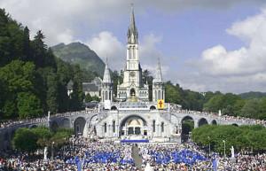 Santuario-de-Lourdes-Lotado